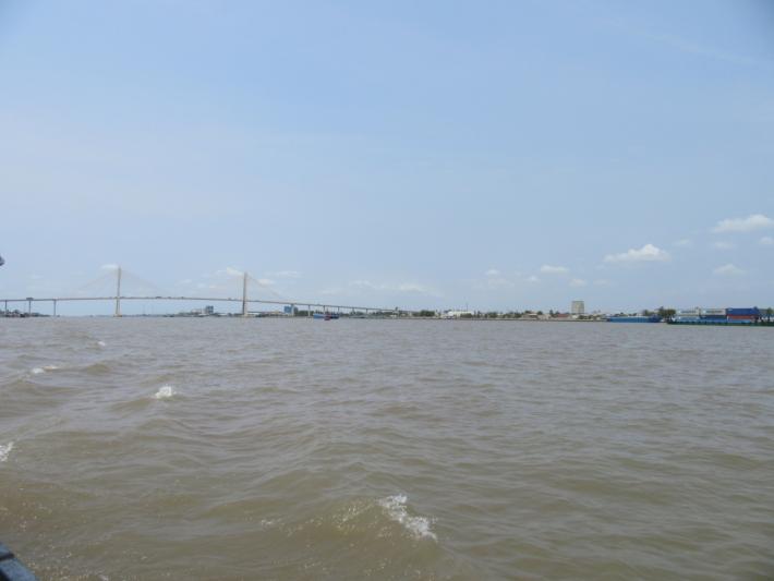 メコン川・川幅が広い