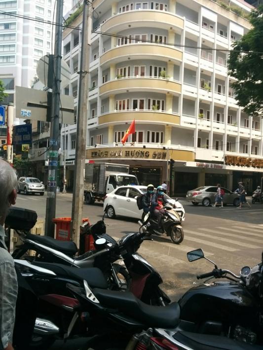 交差点にもバイク