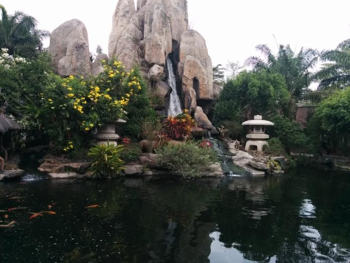 ブンソアイ公園の日本庭園